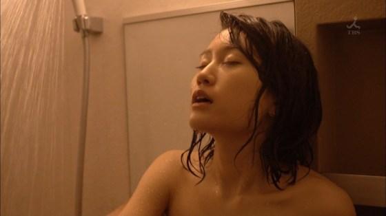【濡れ場キャプ画像】今度はあの前田敦子がベッドシーンで逝き顔全開で喘いでたwww