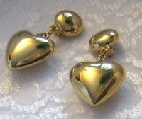Vintage Erwin Pearl Clip On Earrings Puffed Heart by Vintage55