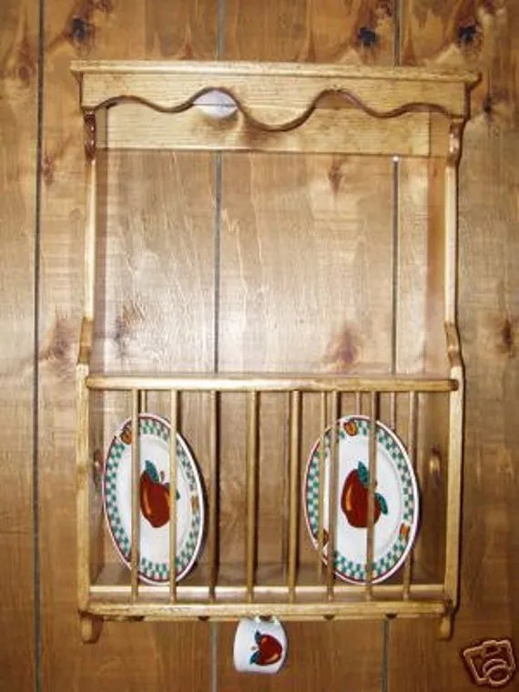 Solid Pine Plate Rack With Shaker Pegs
