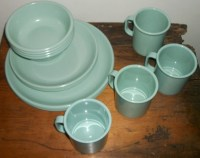 Reserved for Texanwares Rubbermaid Dinnerware Set for 4 in