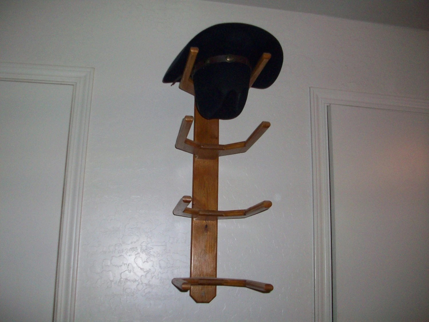 Hat Holders For Walls Cowboy Western Hat Rack Wall Mount For 4 Hats By Bormanrrranch