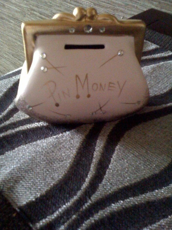 Bank Shabby Chic Vintage Ceramic Pin Money Purse Bank