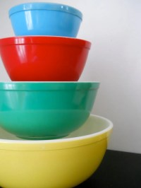 Vintage Pyrex Mixing Bowl Set FLAWLESS by StrictlyVintage ...