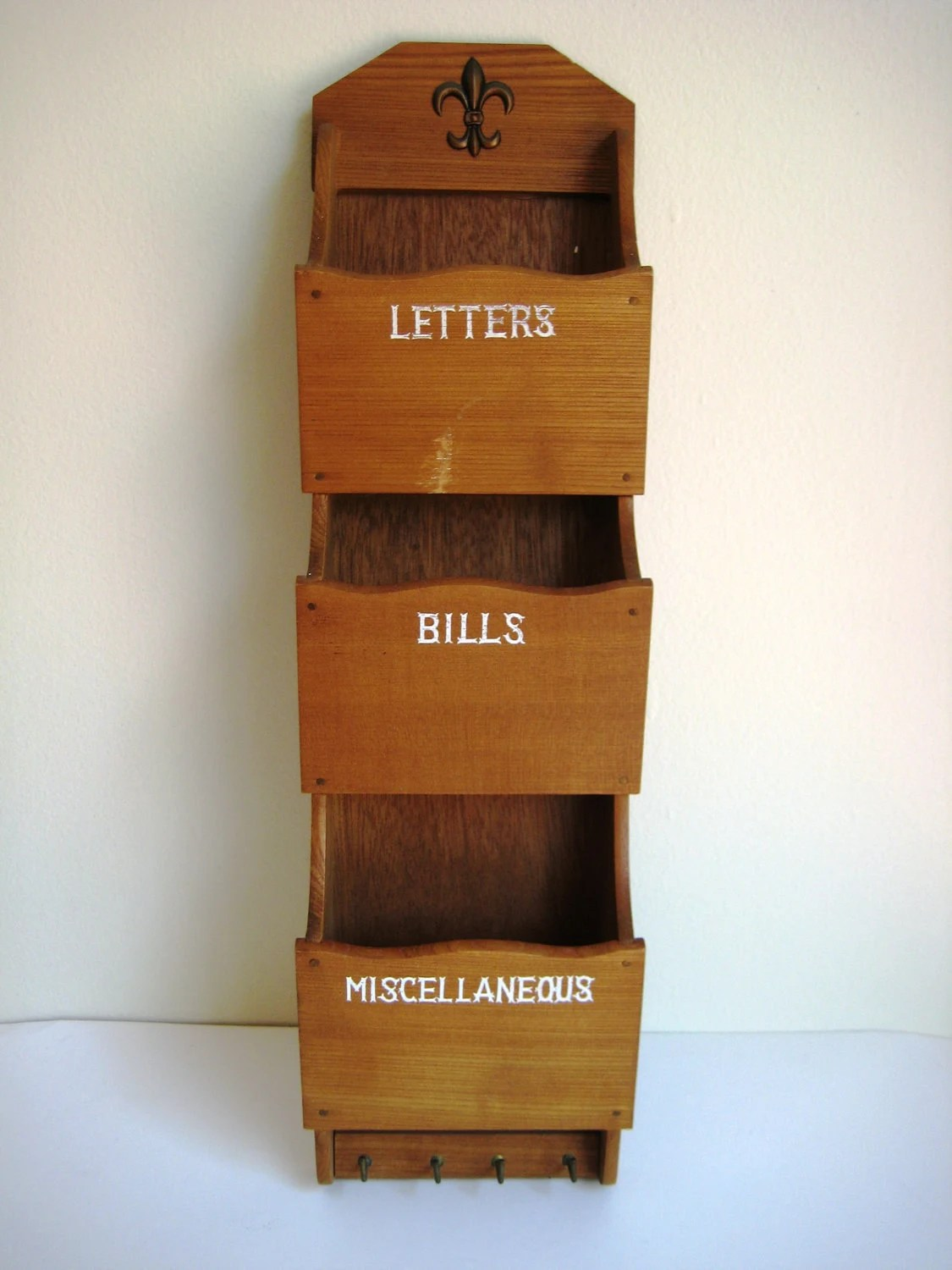 Hanging Mail And Key Organizer Vintage Hanging Mail Organizer Letters Bills Misc With Key