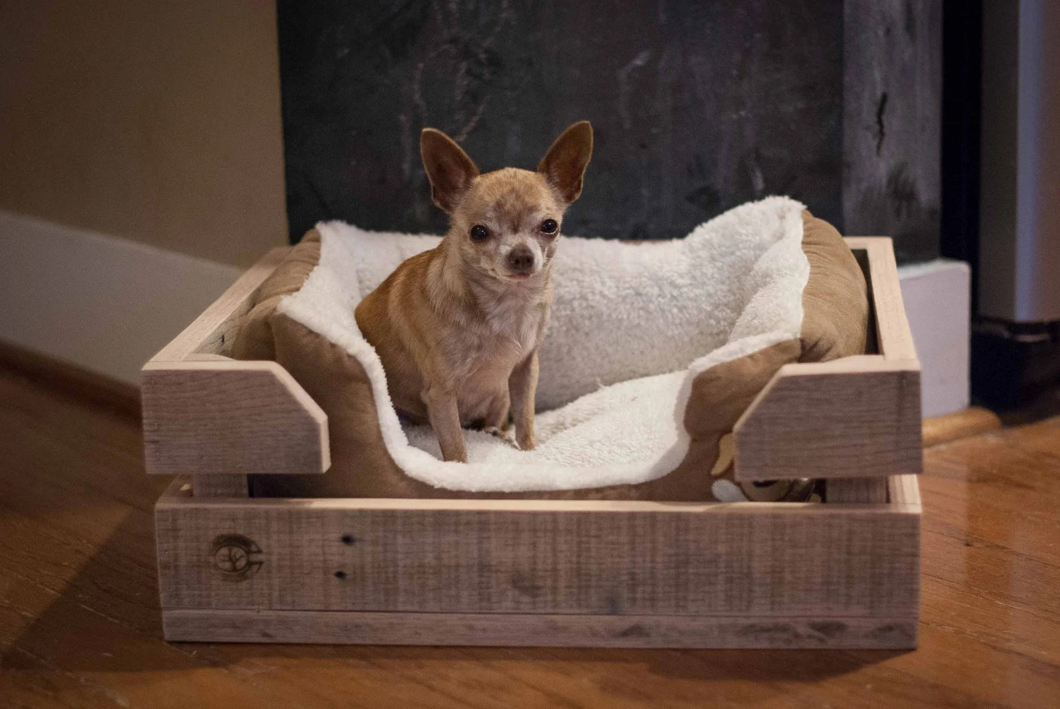 Dog Bed Wood Crate Made Of Reclaimed Wood By Reformedwood