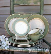 Taylor Smith Classic Heritage Green Dinnerware / Celedon Sage