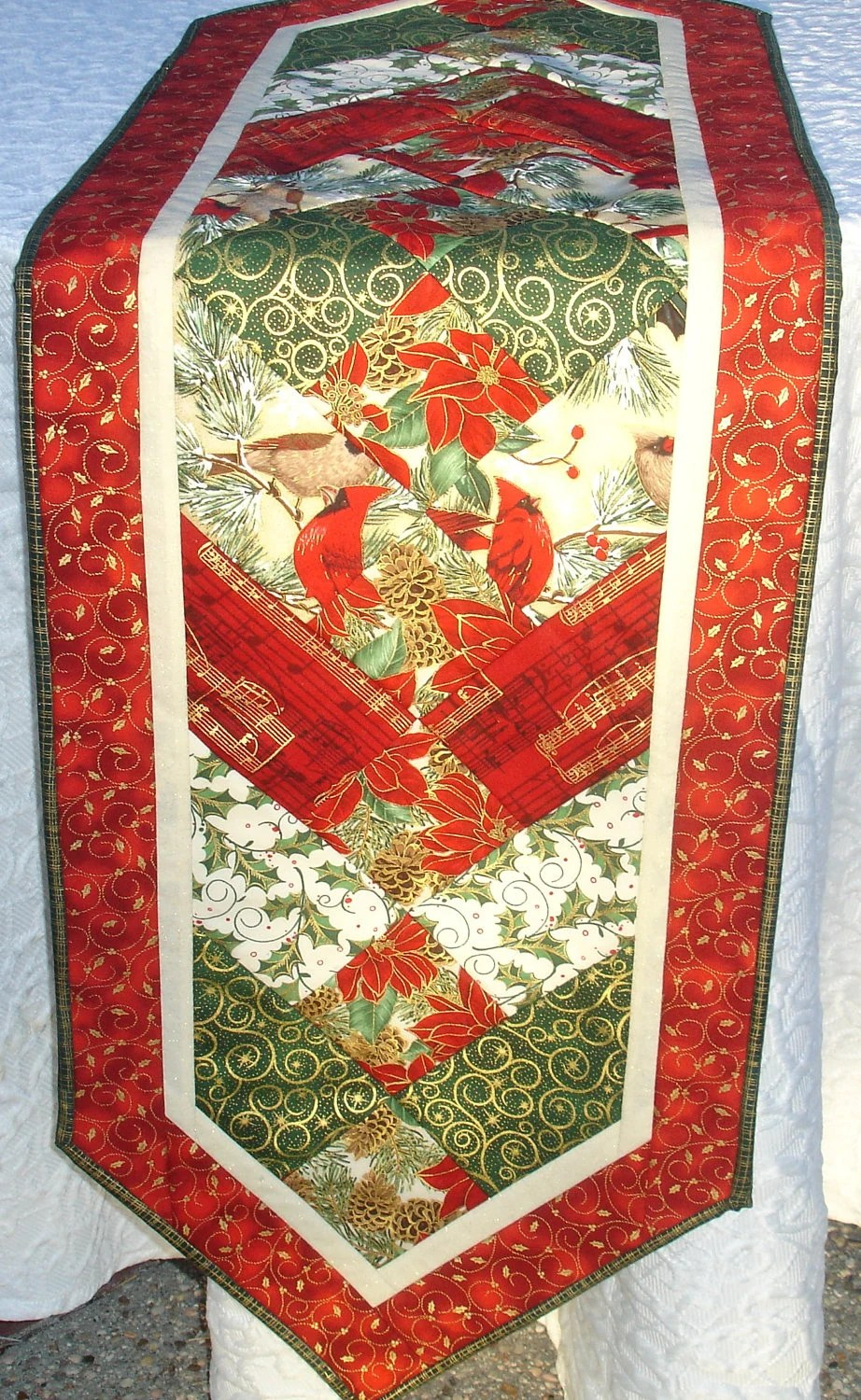 Groovy Pinterest Christmas Quilted Table Runners Download Free Architecture Designs Scobabritishbridgeorg