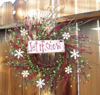 Let It Snow winter wreath door decor for your Holiday front