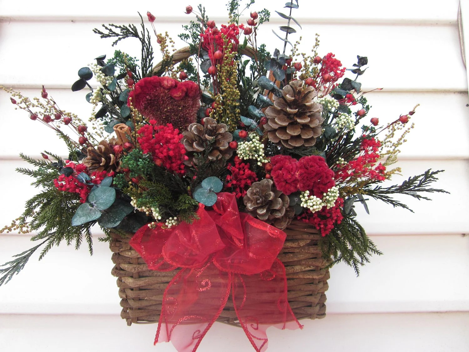 New Hair Vine Rustic Basket Dried Flower Wall Arrangement Christmas Flowers