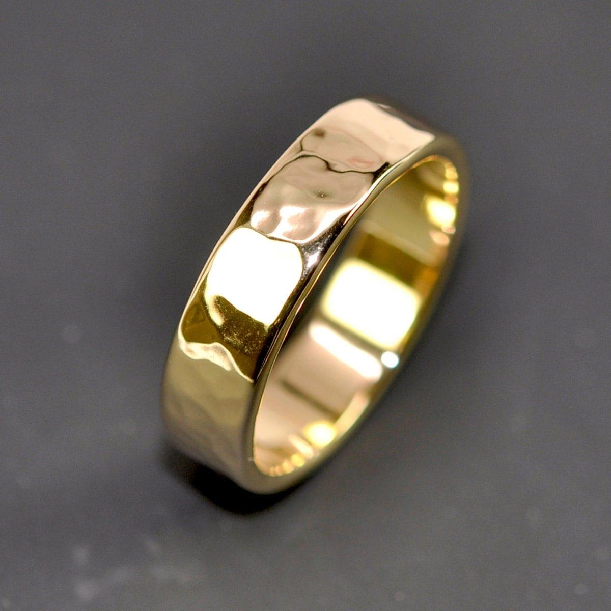 18k yellow gold mens wedding band 18k gold wedding bands zoom
