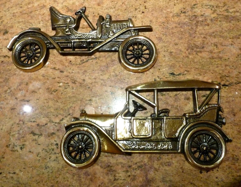 Vintage car wall hanging Metal Car art plaque Car