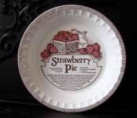 Pie Plate Vintage Strawberry Deep Dish Pie Plate/ Recipe