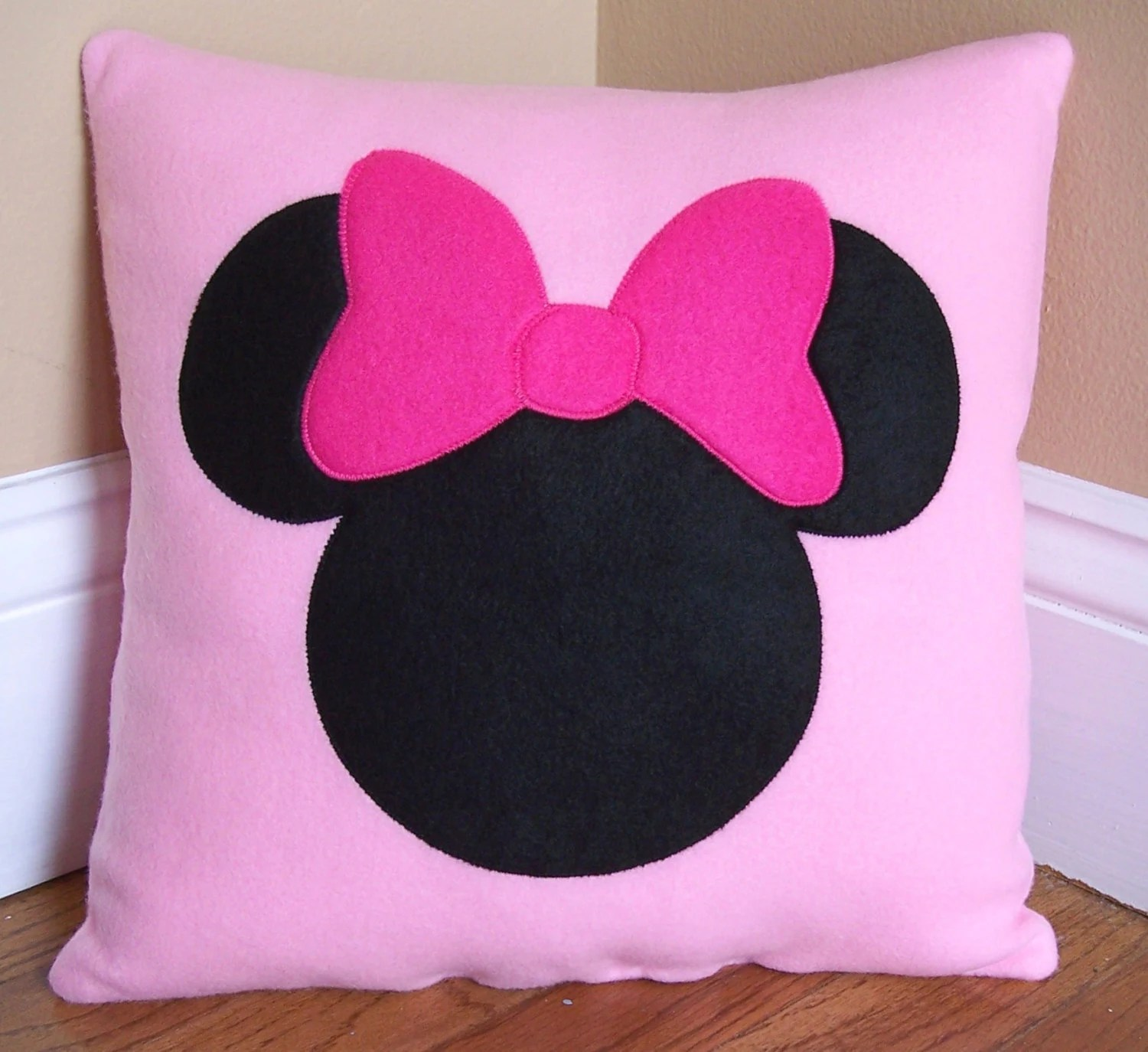 Cojines Con Fotos Personalizadas Minnie Mouse Pillow