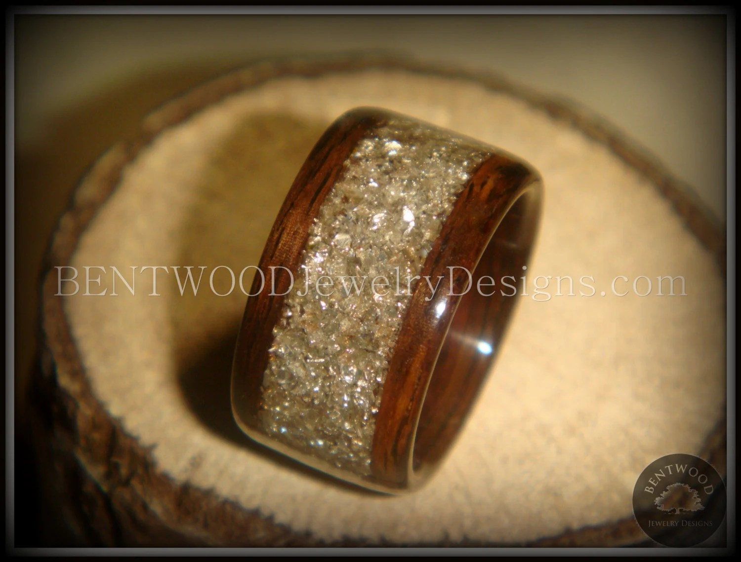 ebony wood ring wooden wedding rings Bentwood Ring Rosewood Wood Ring Silver Glass Inlay durable and beautiful wooden engagement ring wood wedding ring or wood ring gift
