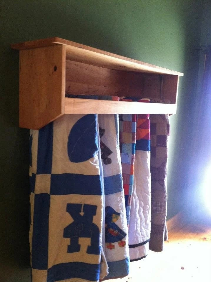 Hanging Quilt Rack With Shelf