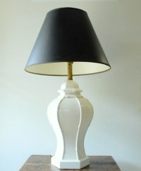 Vintage Hollywood Regency White Ceramic Table Lamp by ...