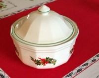 Pfaltzgraff Heritage Christmas Dinnerware 2 Quart Lidded ...