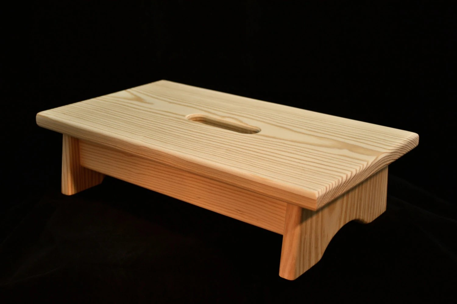 Klein Voetenbankje Small Wood Step Stool With Handle Hole Unfinished Pine