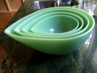 4 Fire King Jadeite Modern Swedish Tear Drop Mixing Bowl Set