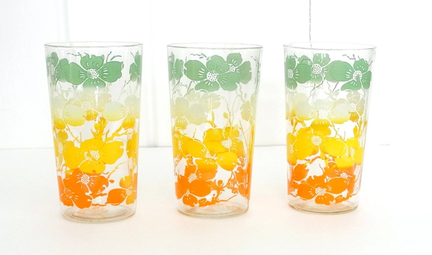 Farmhouse Drinking Glasses Vintage Retro Set Of 3 Floral Drinking Glasses By