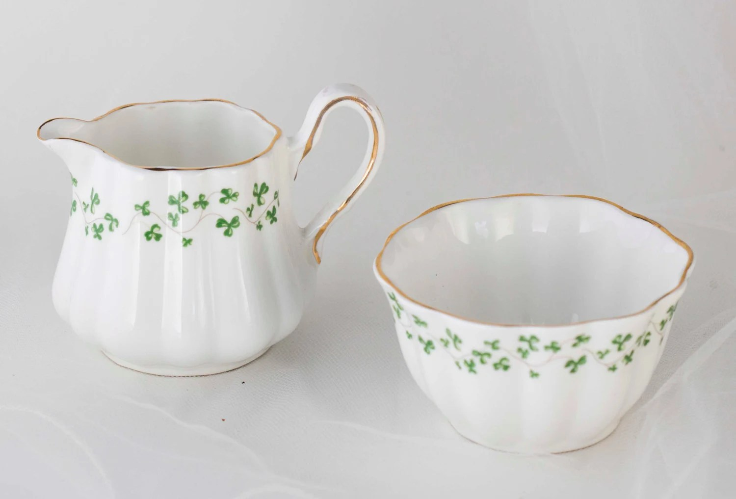 Shabby Chic Vintage Vintage Royal Tara Shamrock China Creamer Sugar Bowl Tea