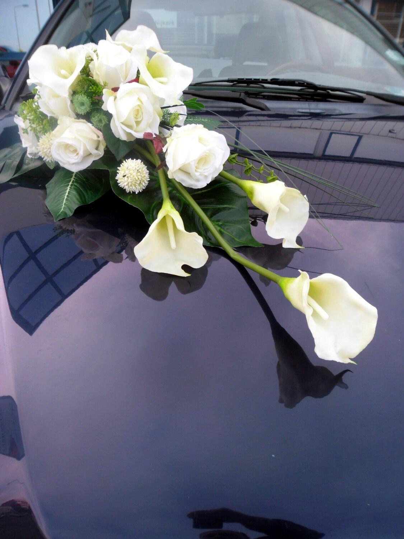 Hochzeitsblumenschmuck Pin Lilien Tropfen Brautstrauss On Pinterest