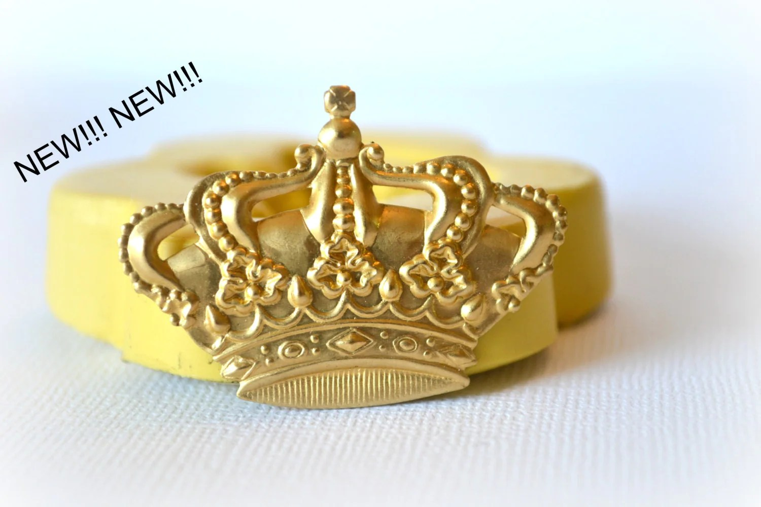 Fondant Molds Australia 0546 Royal Crown Silicone Rubber Flexible Food Safe Mold