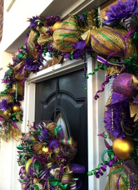 Video How To Make a Deco Mesh Mardi Gras GARLAND Full ...