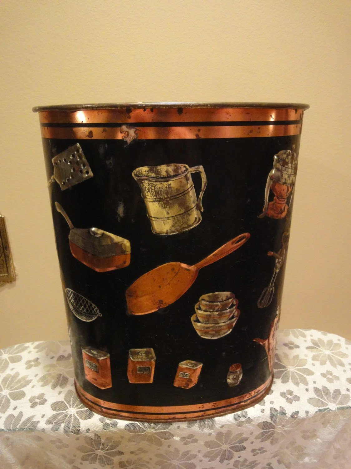 Vintage Kitchen Trash Can Weibro Corp Vintage Trash Can Metal Trash Can Made In The