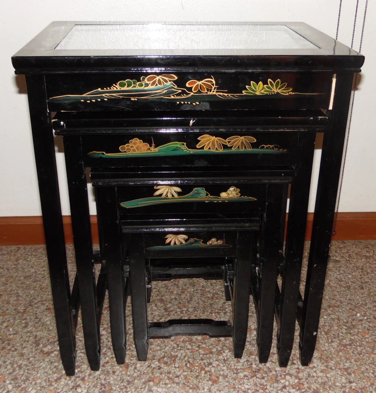 Asian Nesting Tables 4 Vintage Asian Oriental Black Lacquer Nesting Tables