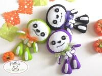 Sweet Skeleton PDF pattern-Halloween Ornament-Felt Halloween