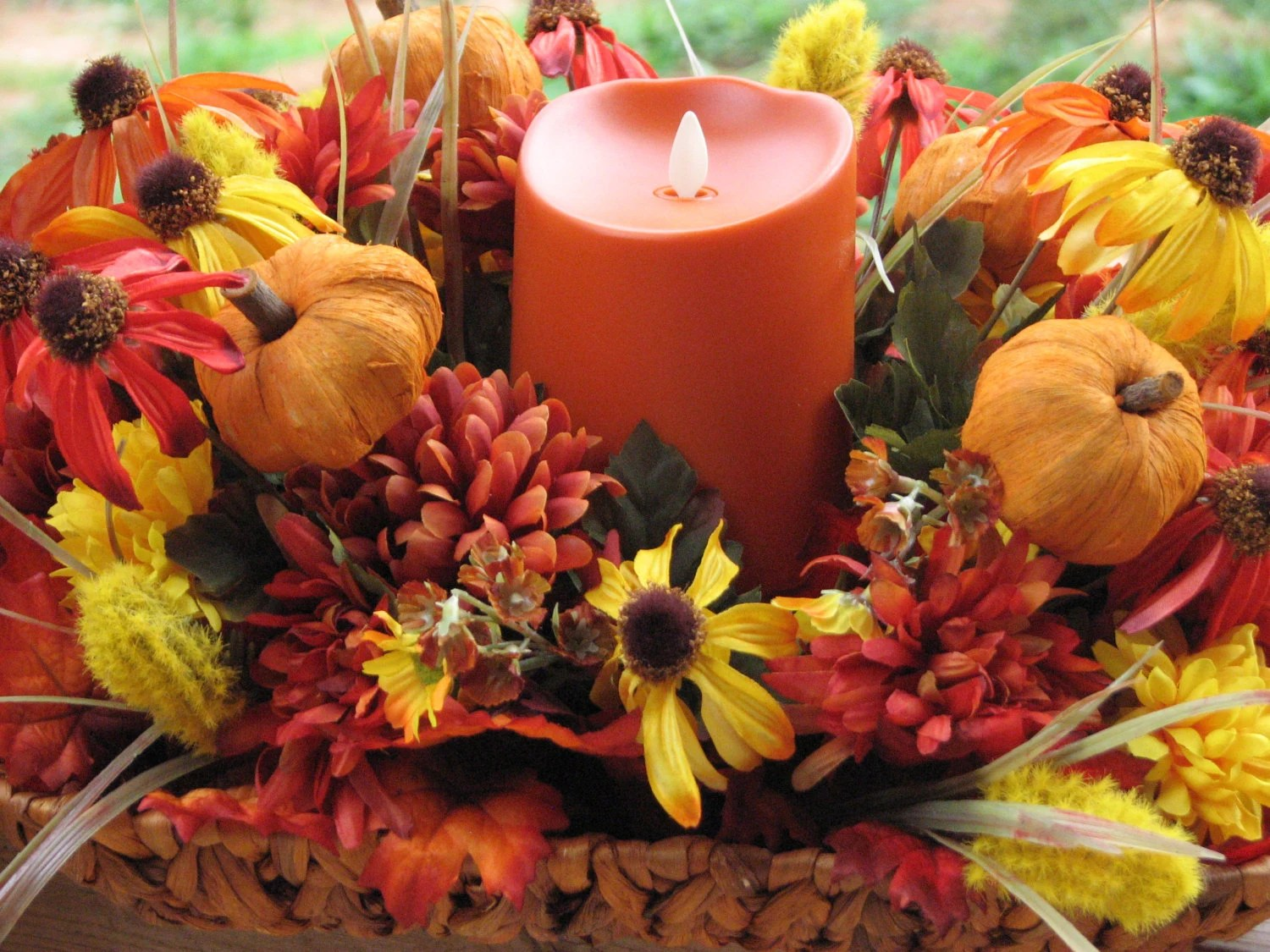 Rustic Fall Wallpaper Large Fall Centerpiece Basket Full Of Silk Flowers