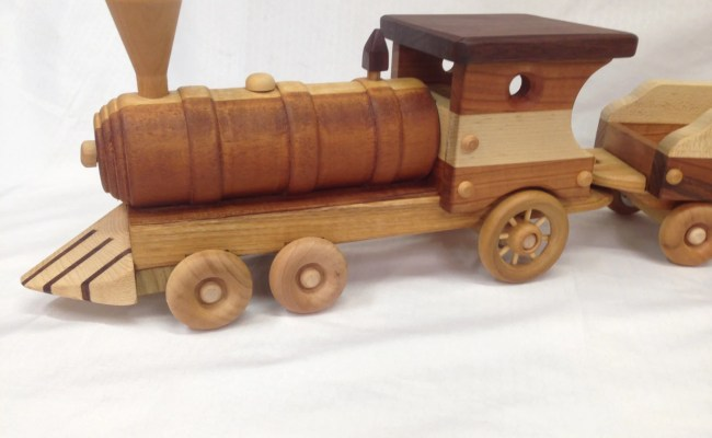 Large Train Set Over 3 Long Wooden Toy With Removable Lid