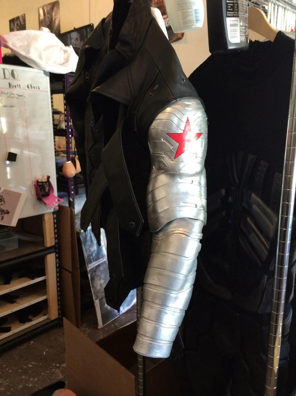Cute Cap Bucky Iphone Wallpaper Captain America Winter Soldier Bucky Barnes Bionic Arm And