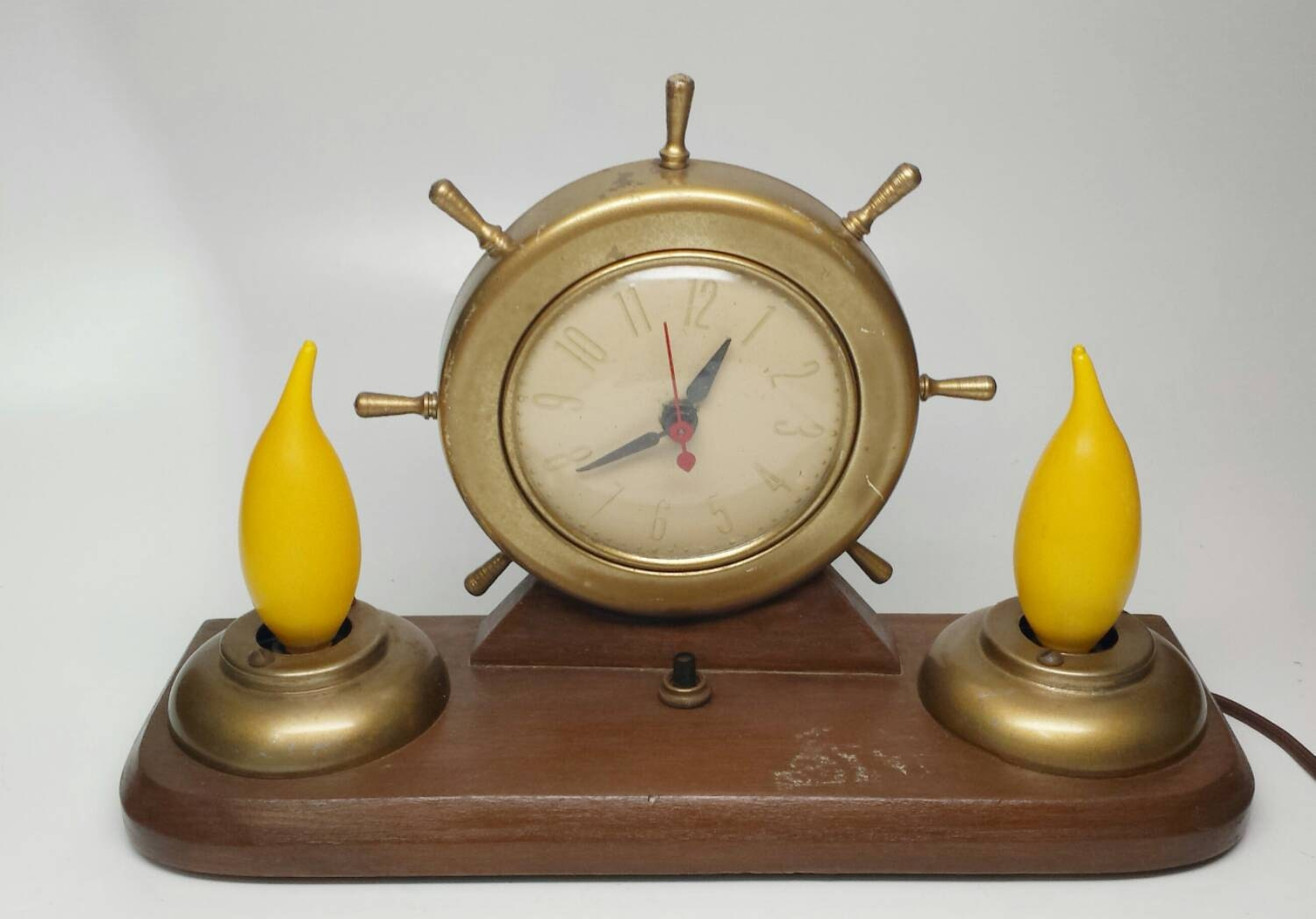 Atomic Wall Clocks Made In Usa Vintage Ships Wheel Clock And Lamp Nautical Decor