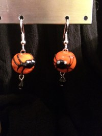 Little Black Spider Earrings by simpleswans on Etsy