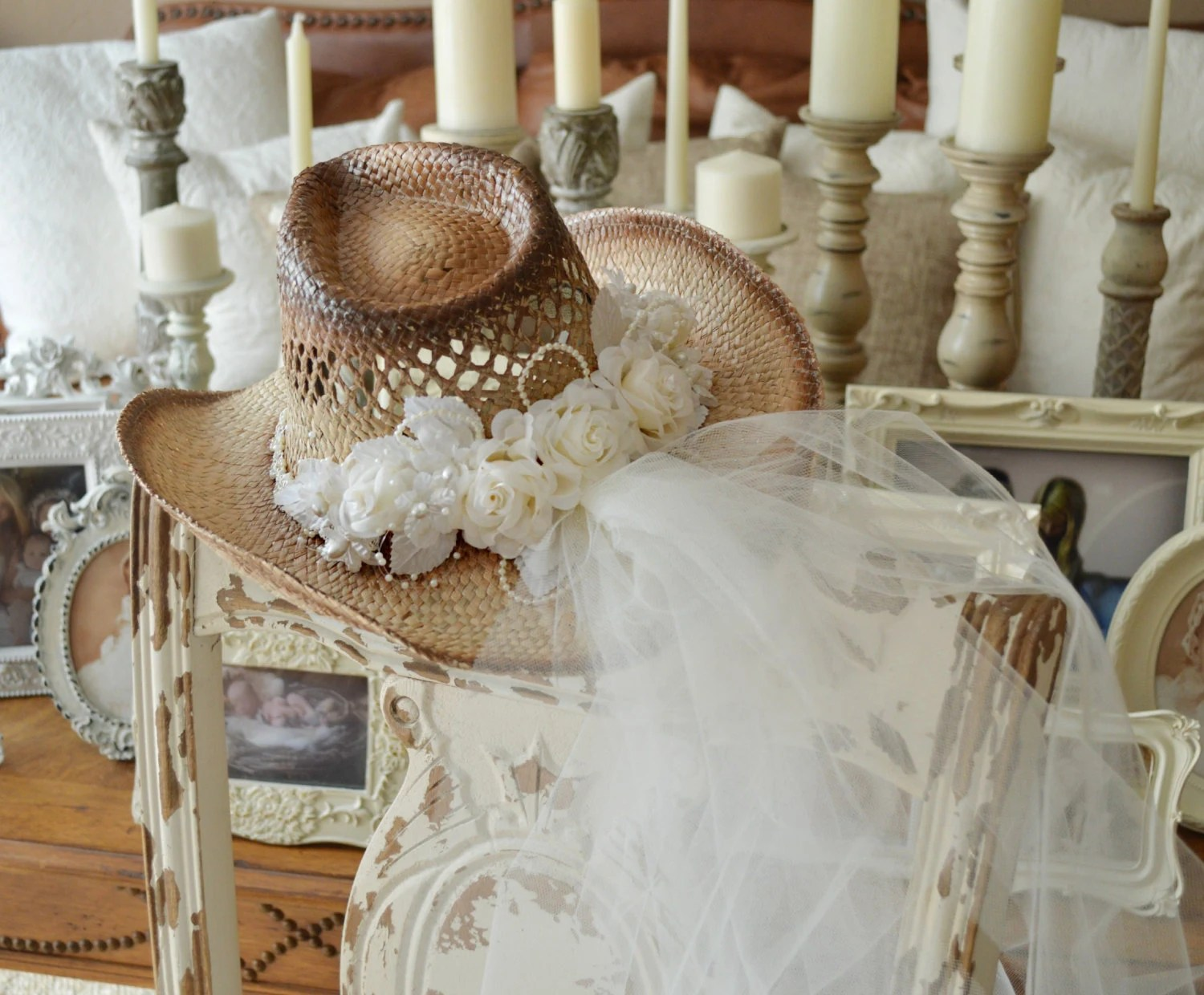 cowgirl hat and veil cowgirl wedding dresses Western wedding Cowgirl hat and veil western wedding cowgirl hat Bridal cowgirl hat western bride