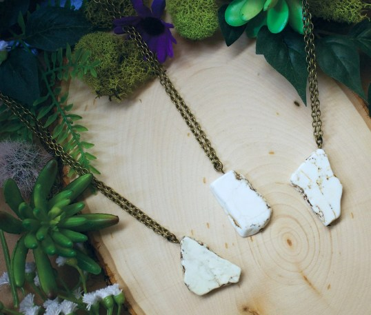 White Howlite Necklace, White Stone Necklace, Stone Necklace, Marbled Stone Necklace, Stone Necklace, Howlite Jewelry, Most Popular Jewelry