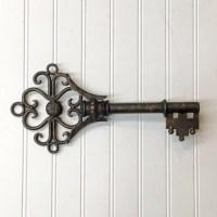 Key Wall Dcor/Wall Decor/Large Key/Shabby