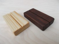 15 Rustic Wedding Place Card Holders Place card holders Wood