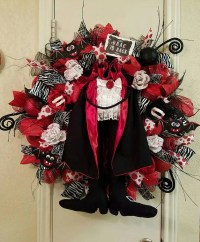 Dracula Wreath Halloween WreathVampire Wreath Deco Mesh