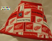 Red wings lamp