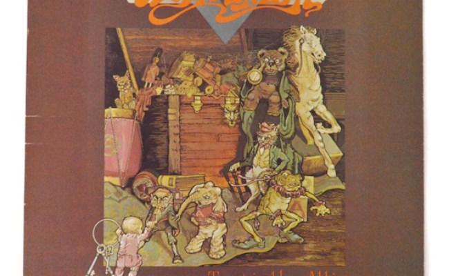 Vintage 70s Aerosmith Toys In The Attic Album Record Vinyl