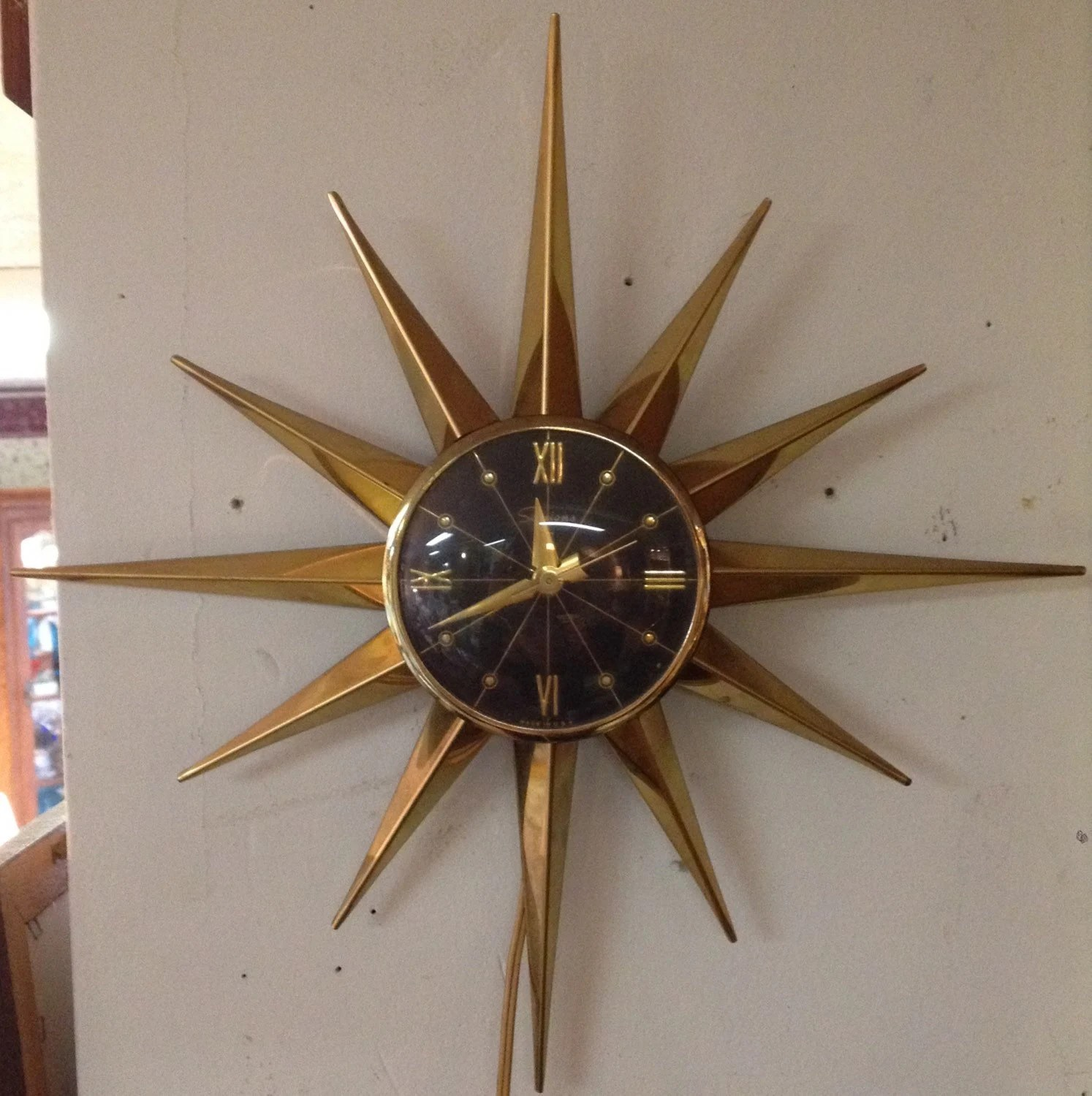 Atomic Wall Clocks Made In Usa Vintage Sessions Starburst Brass Wall Clock Atomic Era