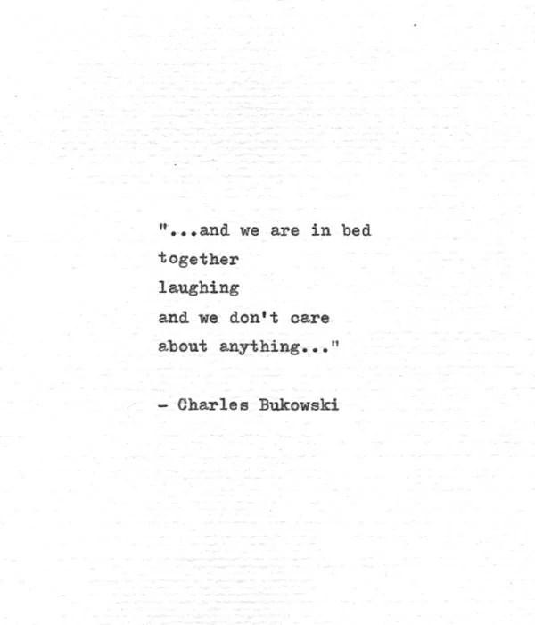 Rupi Kaur Quotes Wallpaper Charles Bukowski Schreibmaschine Zitat Im Bett