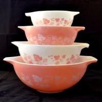 Cinderella Pink Gooseberry Pyrex Mixing Bowl Set Nesting
