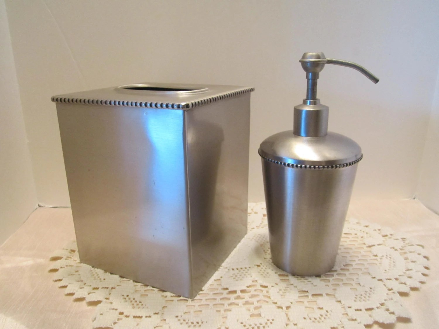 Vintage Bathroom Soap Dispenser Brushed Steel Tissue Box Cover And Soap Dispenser Vintage