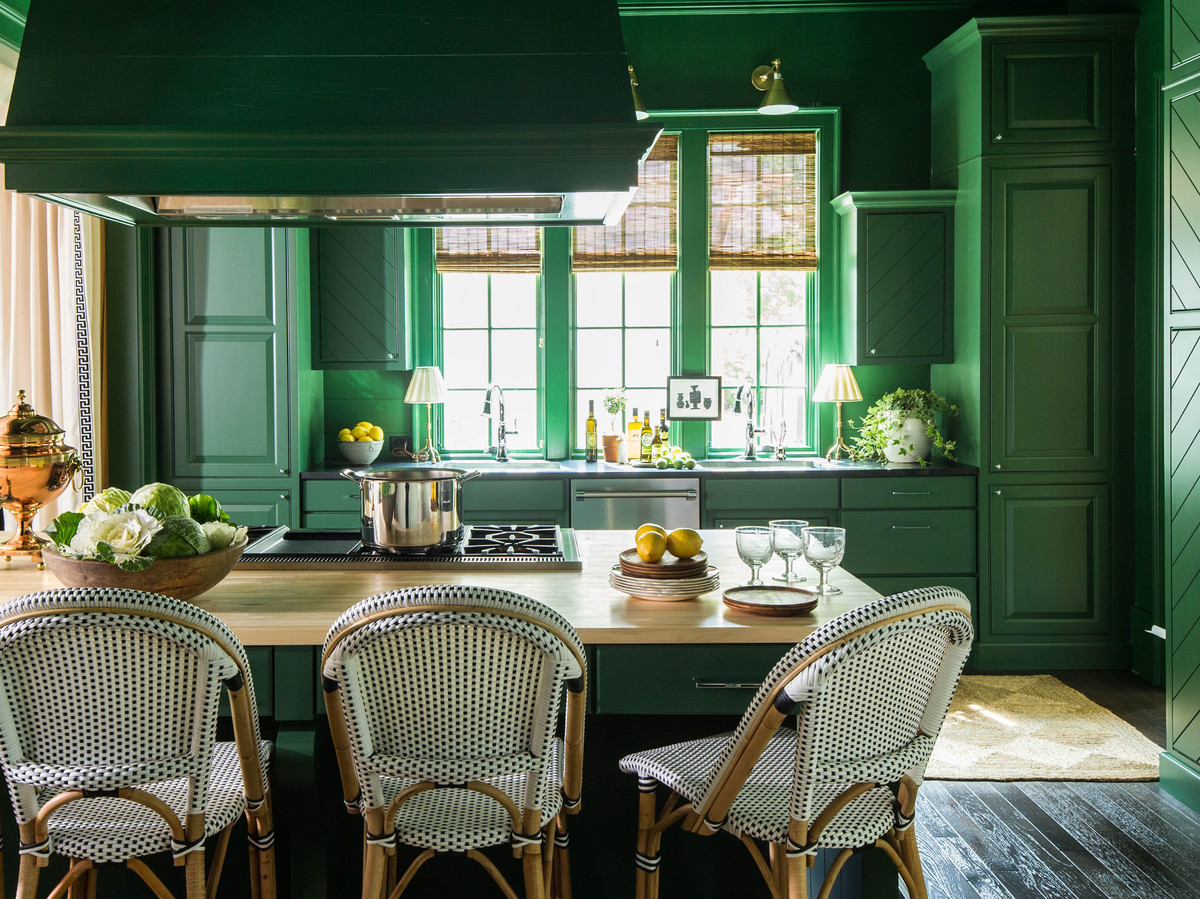 2016 Paint Trends Kitchen Wall Colors Are Getting Moody In 2019 Southern Living