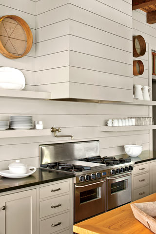 10 Classic Backsplash Options That Aren\u0027t White Subway Tile