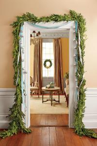 The Ultimate Holiday Decorating Guide - Southern Living